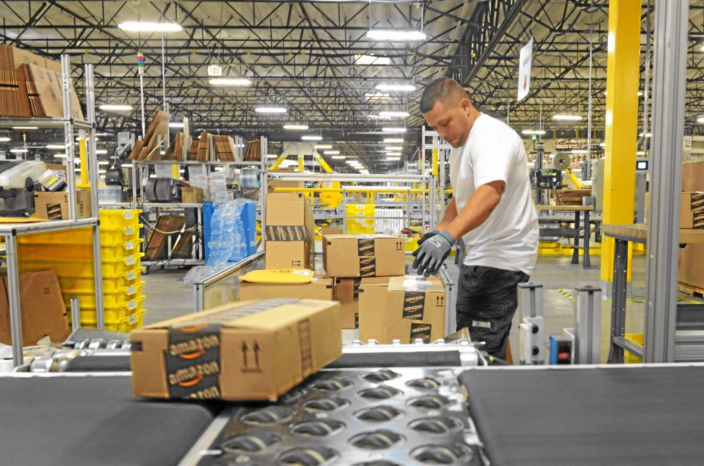 E-commerce has spawned an expansion of deskilled, temp warehouse jobs in unsafe settings, 2014.