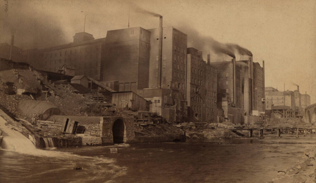 1890–1894: Milling industry on the West Bank of Saint Anthony Falls